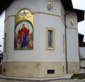 Finisare complexă la biserici exterior