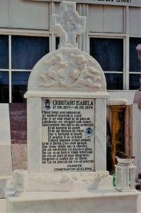 Monumente funerare de lux