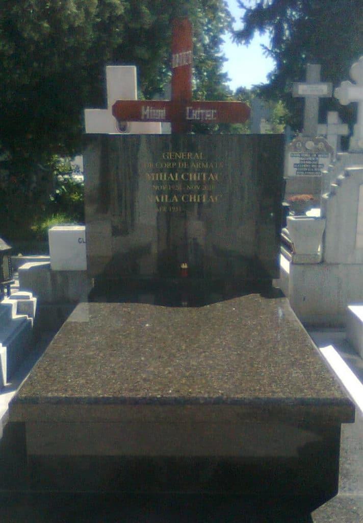 Monumente-funerare-lux-13