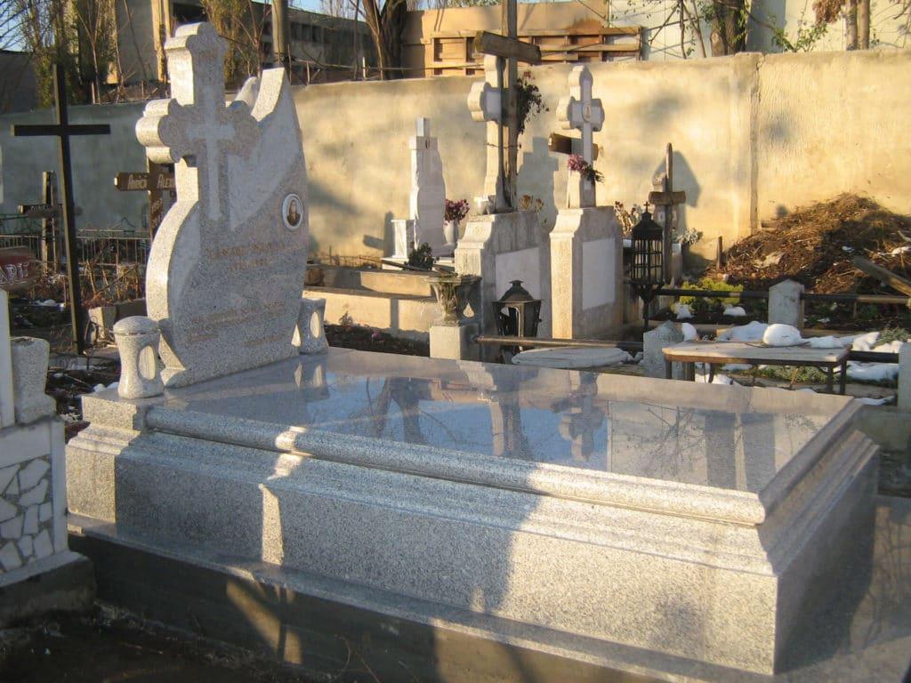 Monumente-funerare-lux-14