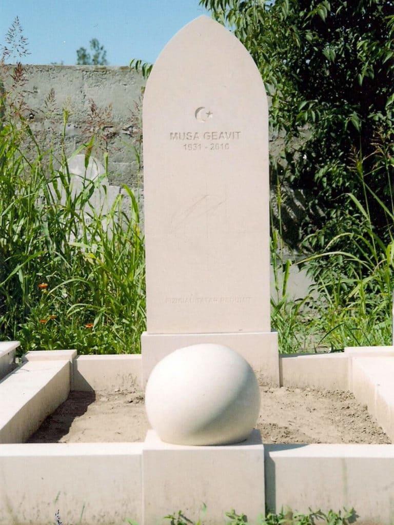 Monumente-funerare-lux-9