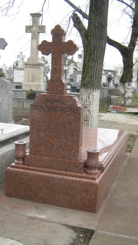 Monumente-funerare-obisnuite-11
