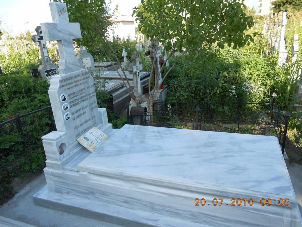Monumente-funerare-obisnuite-3