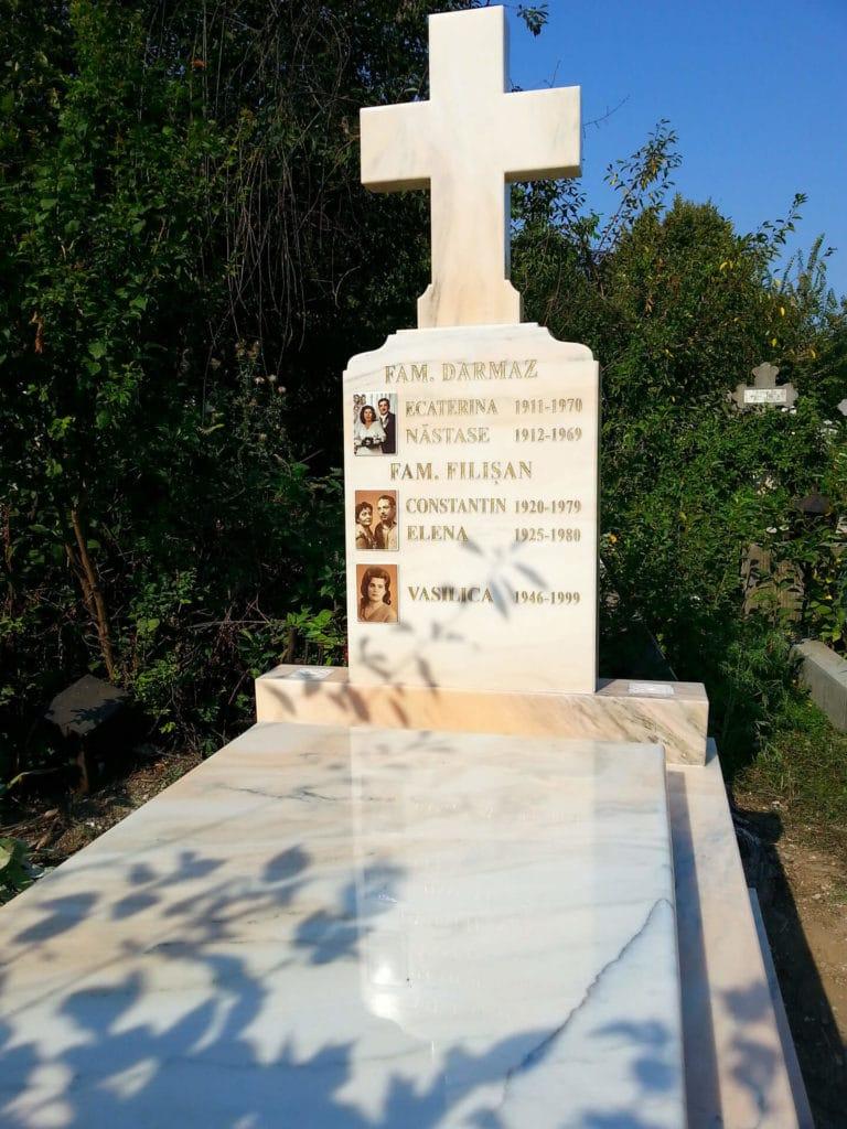 Monumente-funerare-obisnuite-6