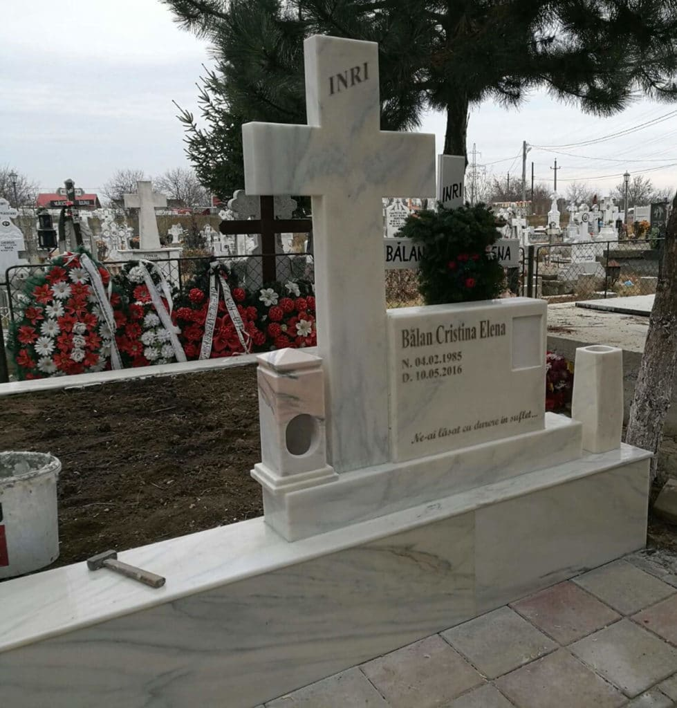 Monumente-funerare-obisnuite-9